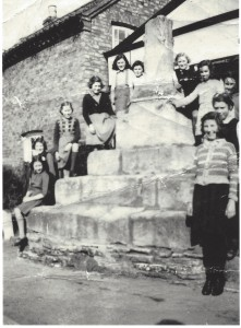 cross 1945
